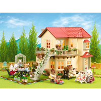 Sylvanian Families - Beechwood Hall + Free Classic Kitchen Set